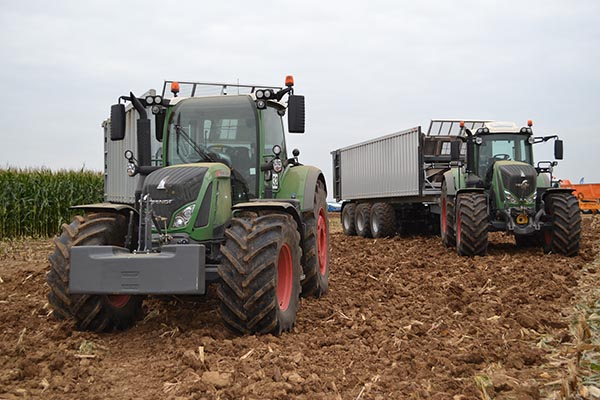 TRATTORI: MODELLI E IMPIEGO IN AGRICOLTURA